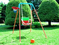 Fold-out metal swing with basketball ZA1018