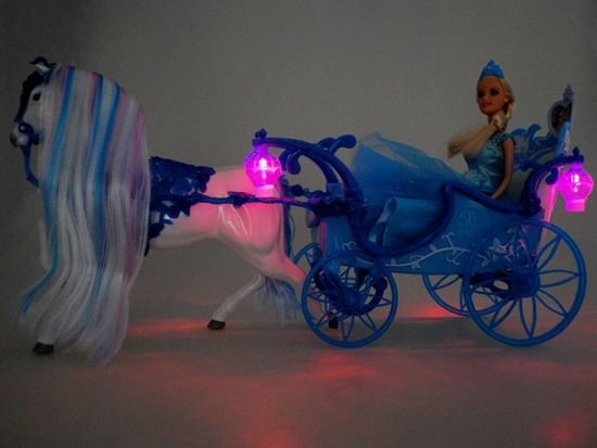 Carriage cab + doll kit with a horse ZA1728