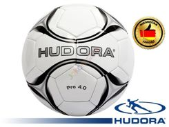 Hudora Football Pro 4.0 for the game in the leg 71673
