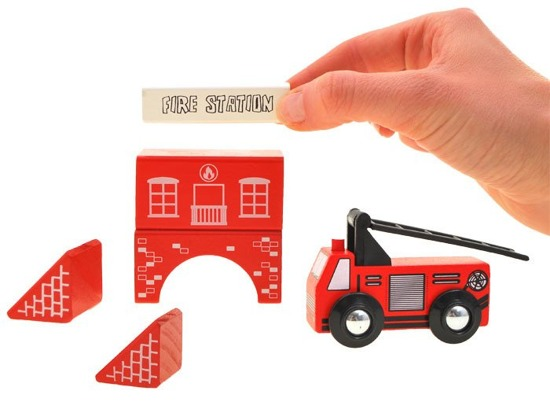 Wooden blocks TOWN Fire brigade ZA1804