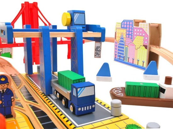 A huge set of wooden train TOWN ZA1800