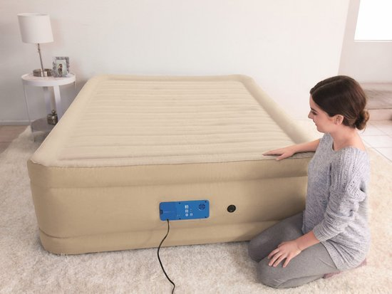 Bestway Air mattress 2.03x1.52m pump 69037