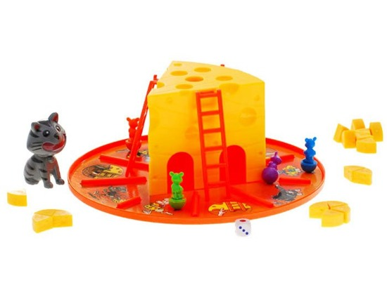Cheerful family game cat and mouse fun GR0026