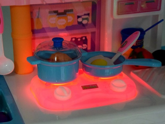 Children's kitchen + faucet burner pots ZA2981