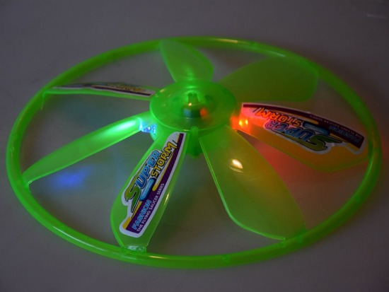 Flying DISC with a light effect RC0453