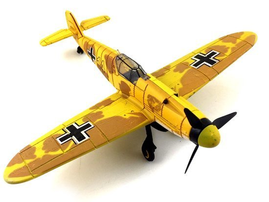 Plastic Airplane BF-109 for folding 1:48 ZA2590