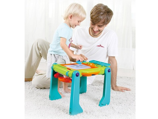 The first Pusher play table for the child ZA 2417